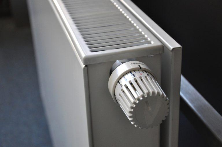 Radiateur qui siffle, radiateur qui fait du bruit, radiateur qui claque